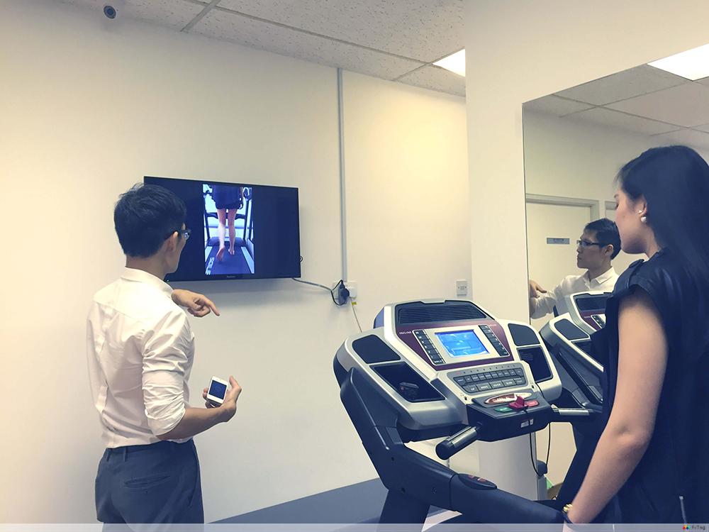 4 sole clinic treadmill