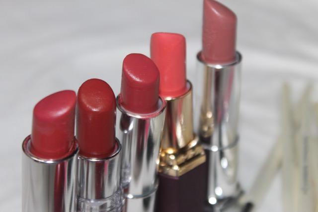 lipbalm before lipstick