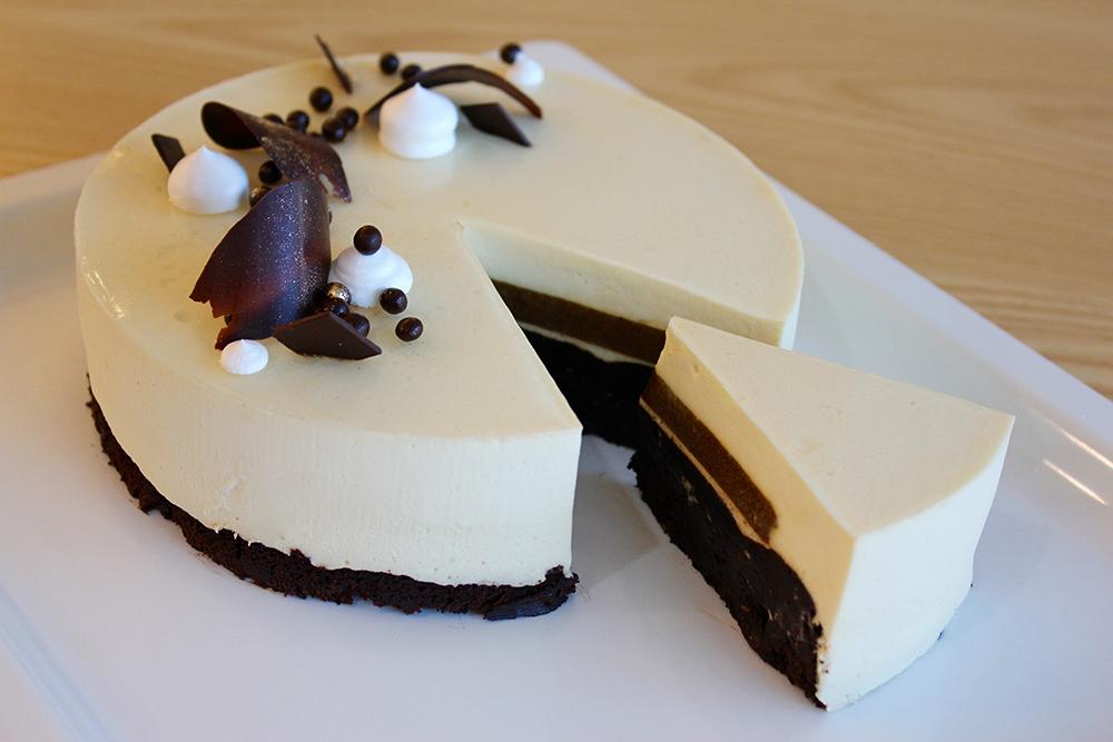 Baileys cake avenue sg