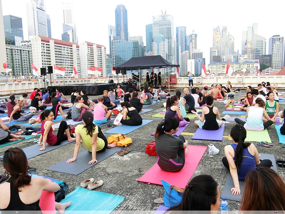 urbanscape singapore yoga