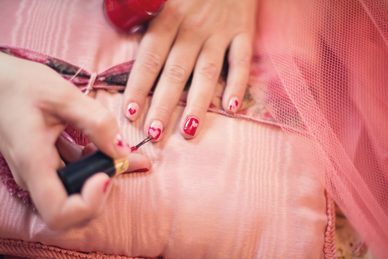 in house nail salon sg